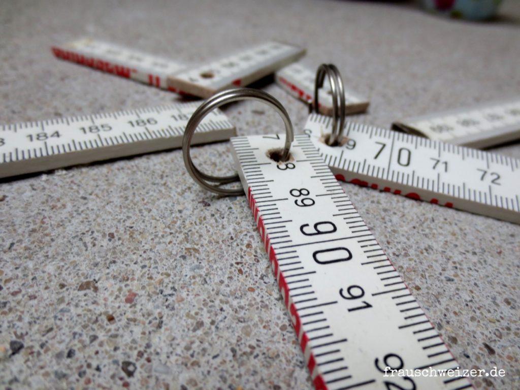 meterstab-schlüsselanhänger