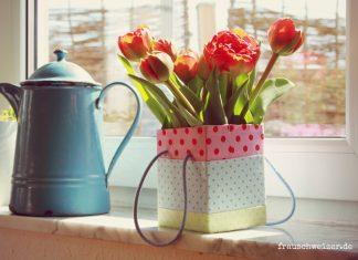 Blumenvase mit Tetrapacks basteln, DIY Anleitung