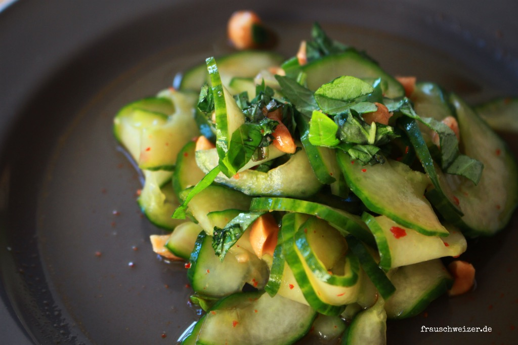 asiageschmack-gurken-salat-machen