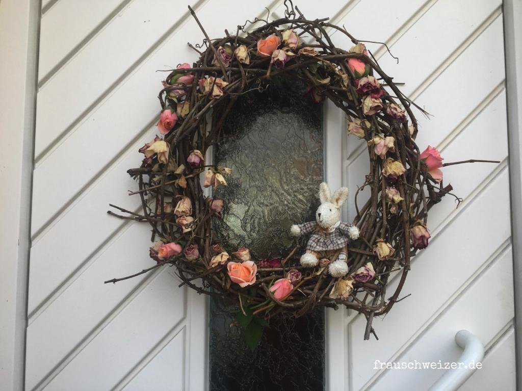 Mitwachsender Rosenkranz für die Haustüre 1