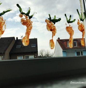 Fensterbild Osterkarotte, Deko mit Kindern basteln zu Ostern
