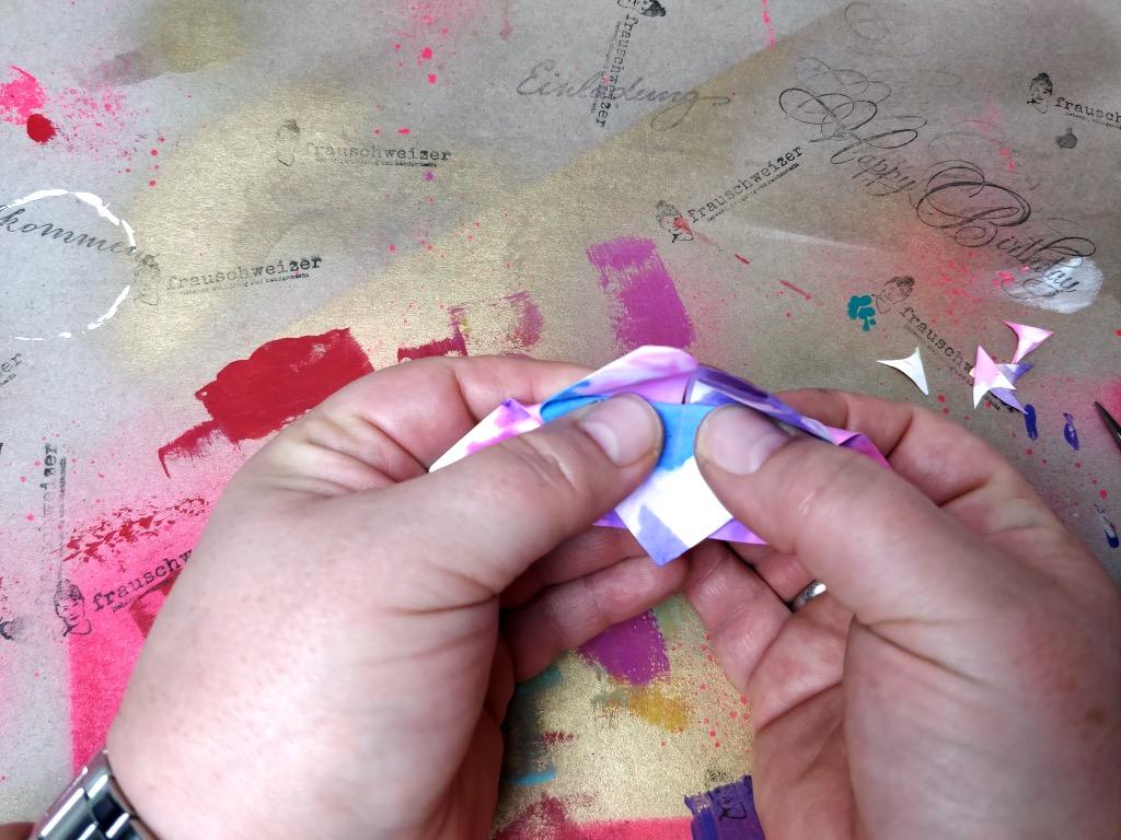 schmetterlinge-papier-faerben-und-falten