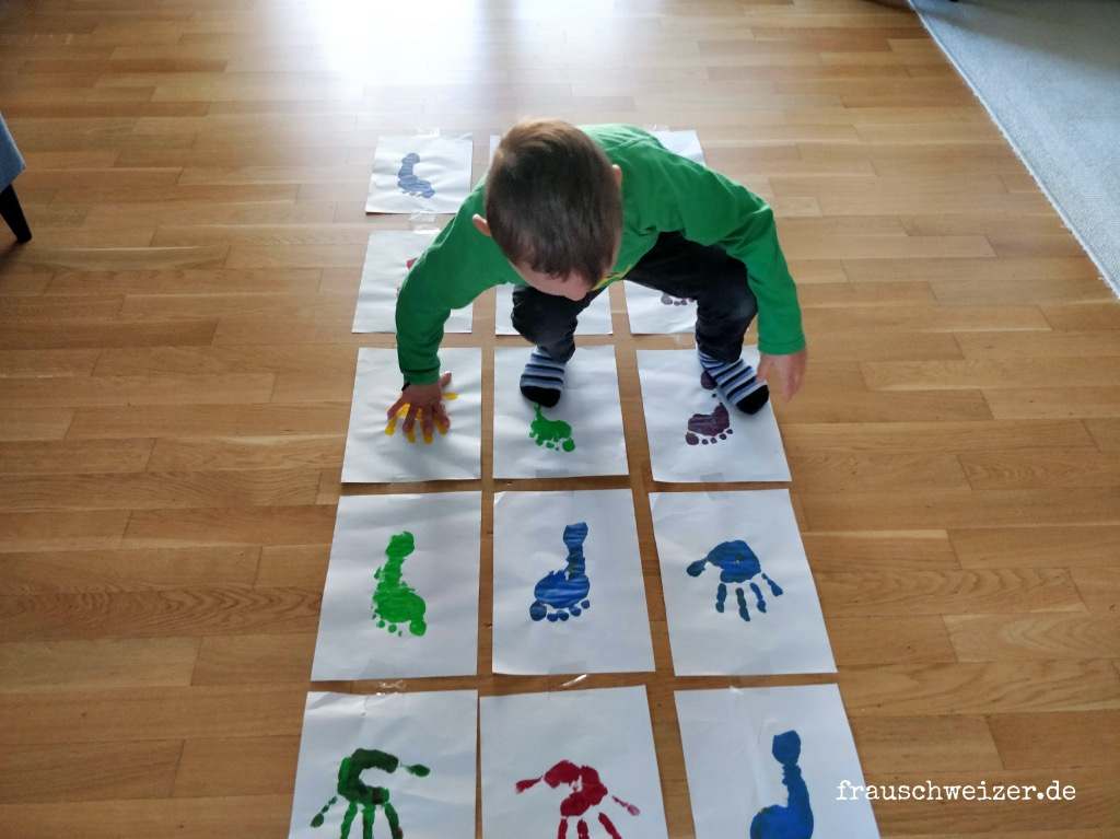 Hand-Fuss-Huepfspiel-mit-kindern-selber-machen