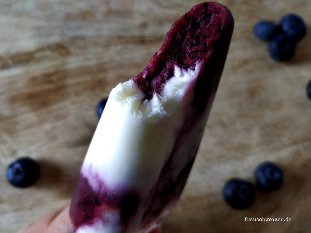 Eis-selber-machen-heidelbeere-joghurt