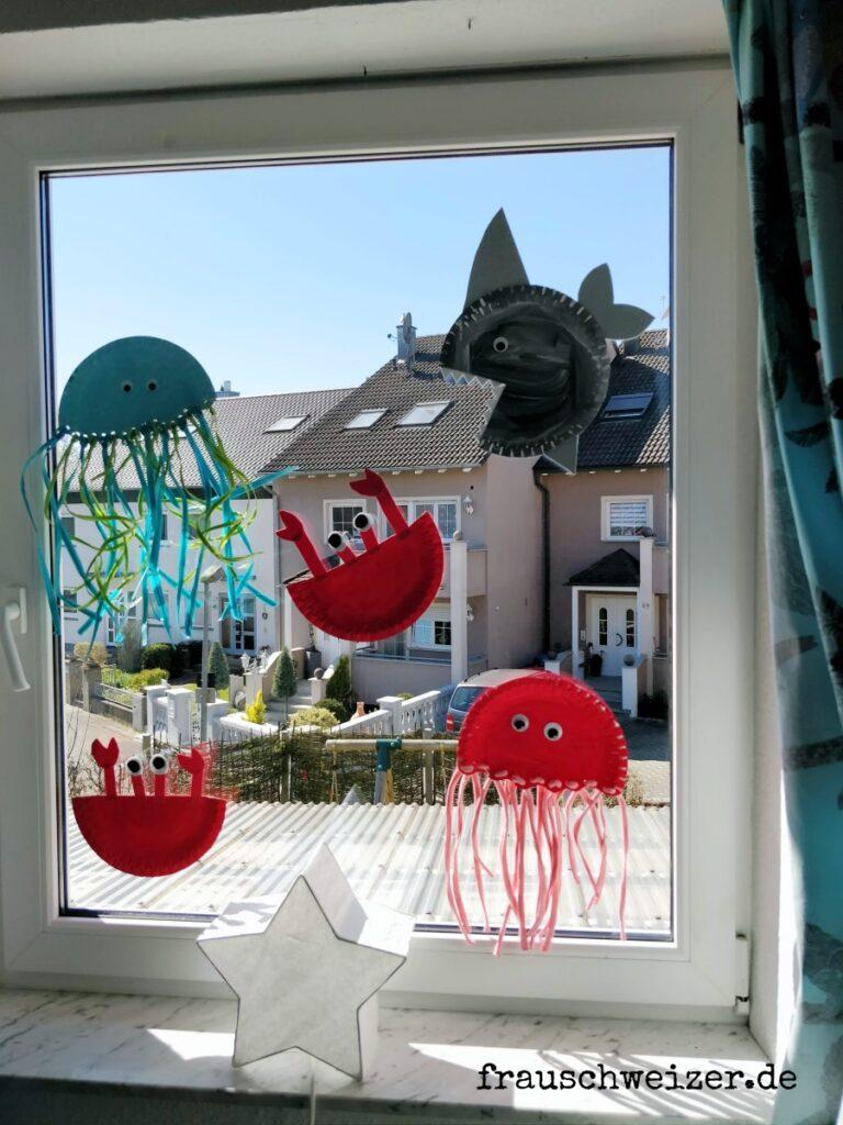 Fensterdekoration-basteln-buntes-Fenster