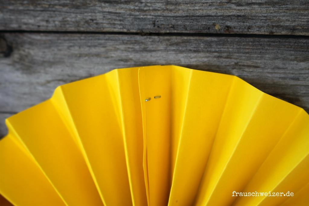 Sonnenblumen-papier-basteln-dekoration