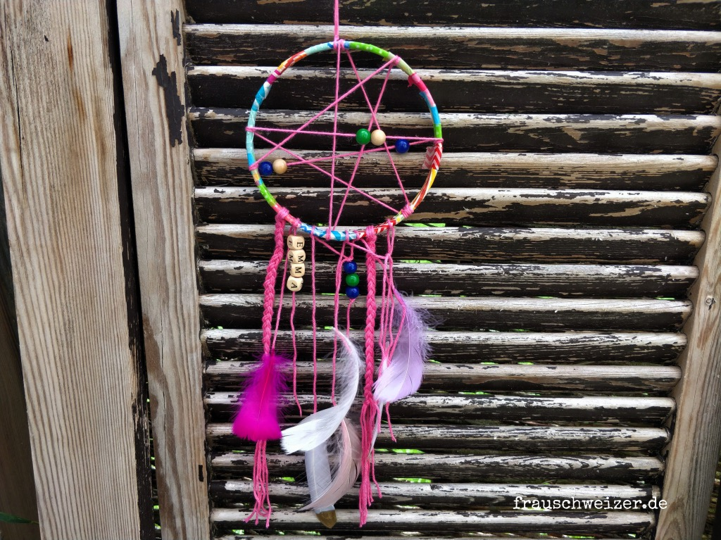 Dream-catcher-diy-tutorial