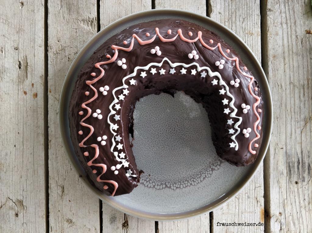 hufeisenkuchen-pferdegeburtstag-backen