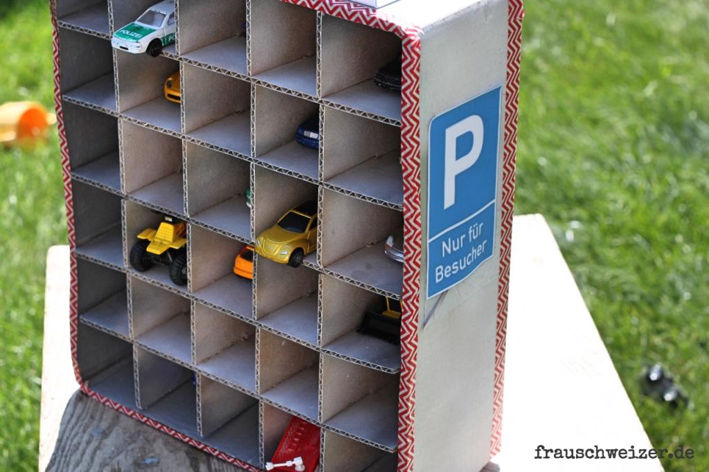 Anleitung Parkhaus für Kinder