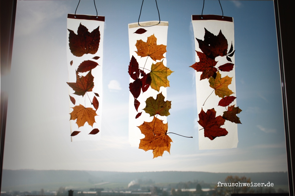 Anleitung Kinder Basteln Ein Fensterbild Mit Herbstlaub